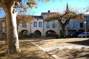 Town House for sale in Nerac, Lot et Garonne...