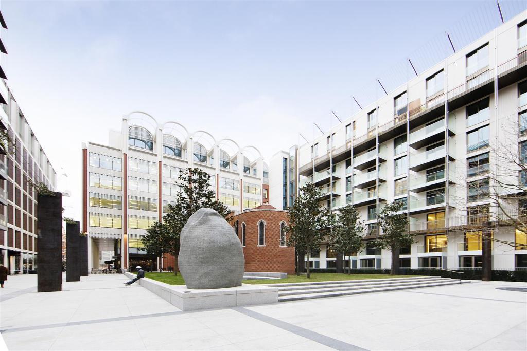 Property Exterior (4
