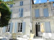 4 bedroom house for sale in Poitou-Charentes...