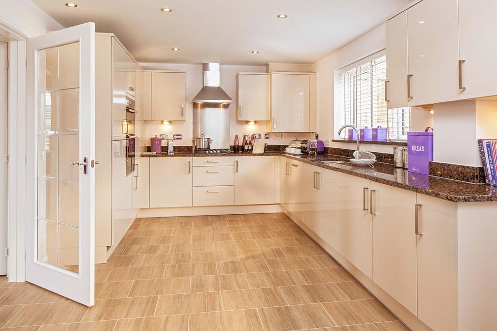 4 Bedroom Detached House For Sale In Zouch Farm Road