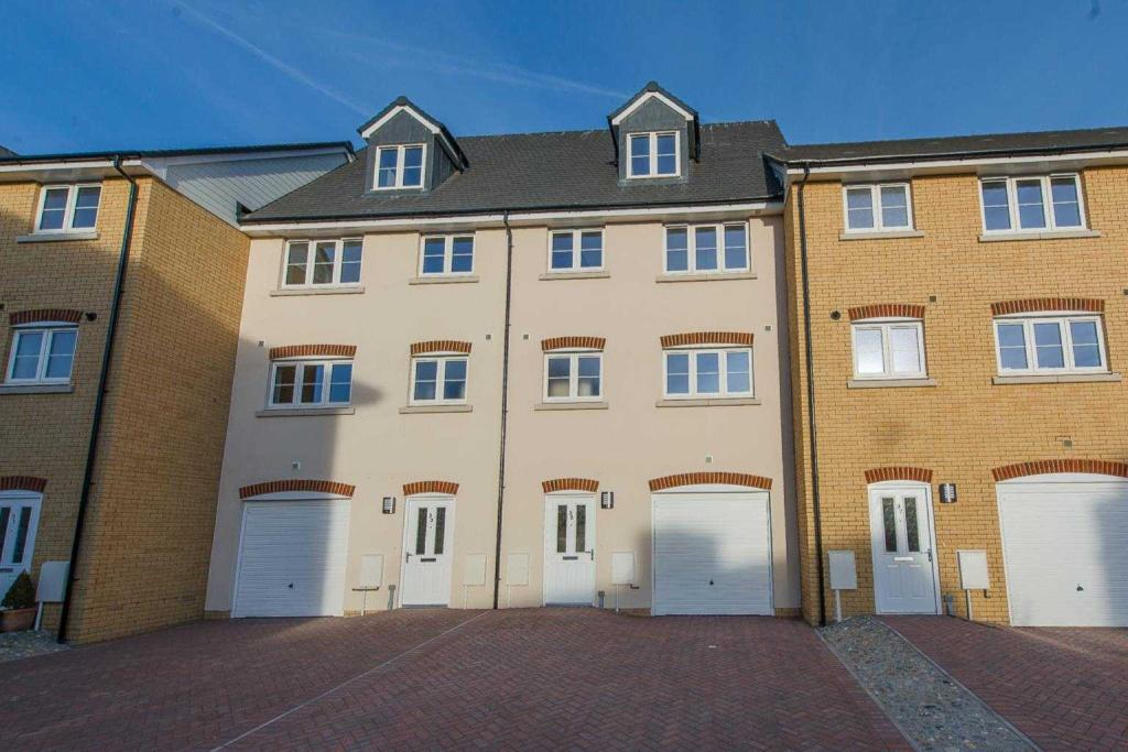 Kings Crescent, Aylesford, Kent, ME20 7FH-15