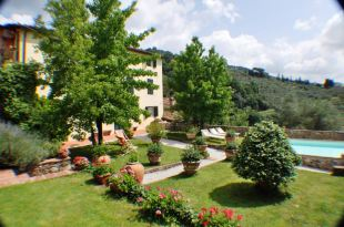 6 bed semi detached house in Tuscany, Lucca, Lucca