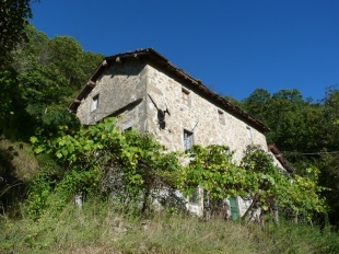3 bedroom Detached property for sale in Tuscany, Lucca, Barga
