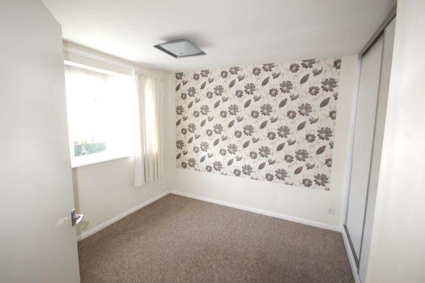 13 Pelham Court Bed1
