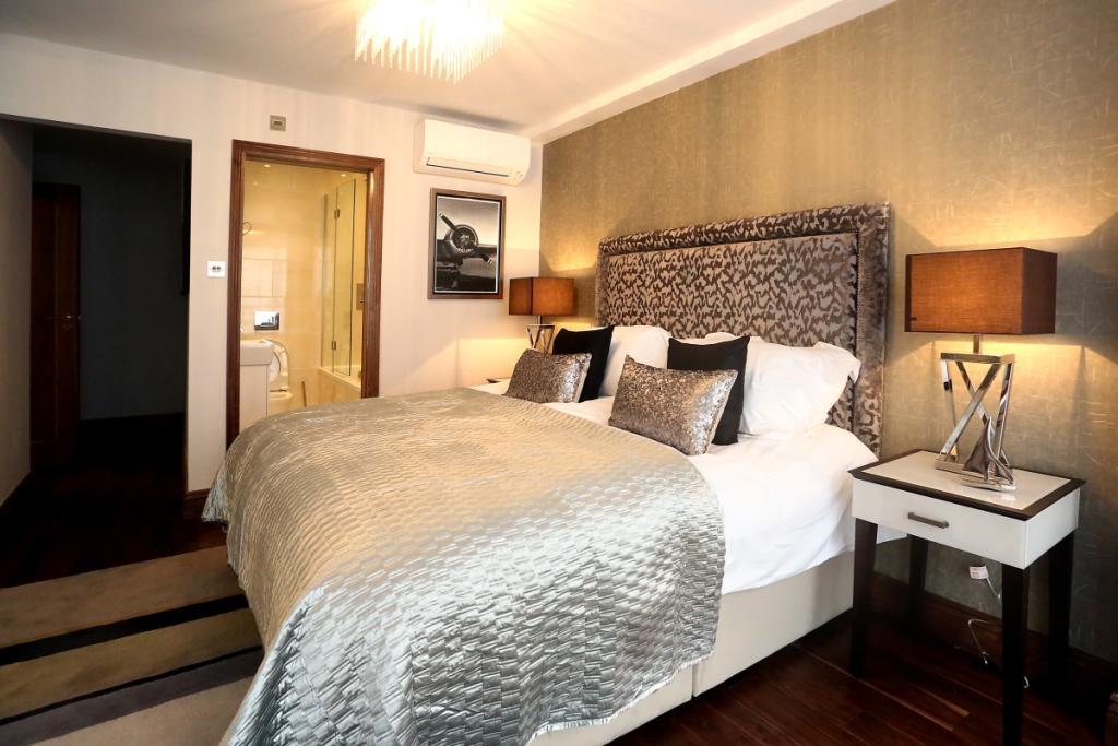 Bedroom 3 angle