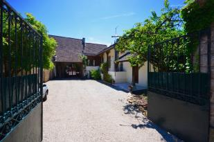 Stone House in SANTENAY, COTE D'OR for sale
