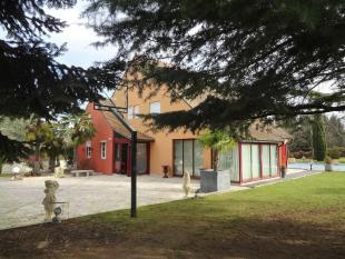 5 bedroom property in CHALON SUR SAONE...