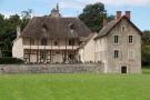 St Loup Geanges Castle for sale