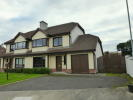 4 bed semi detached house in 25 The Meadows...