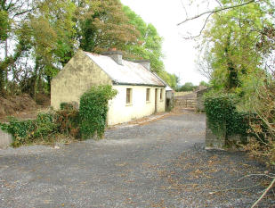 Cottage for sale in Kilkelly, Mayo, Ireland