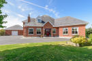 Detached property in 9 Seaview, Termonfeckin...