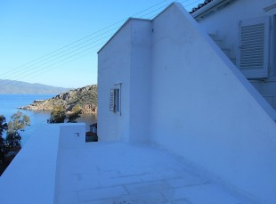 1 bedroom Detached property for sale in Saronic Gulf, Hydra