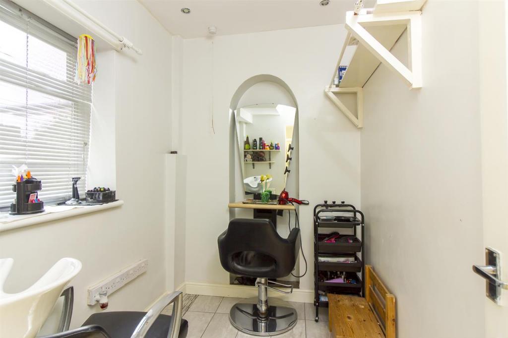 Study / Salon
