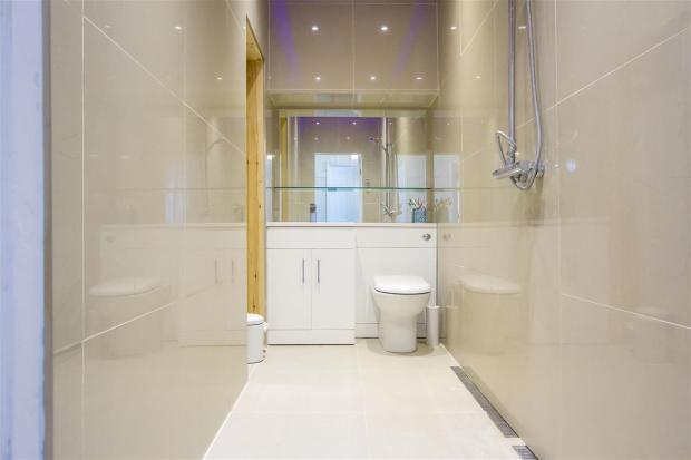 Walk in shower room