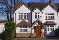 6 bedroom home in Worrin Road, Shenfield