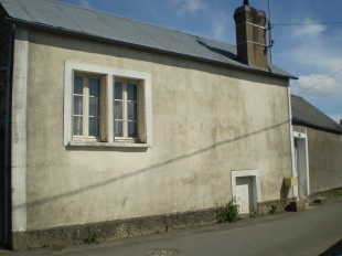 Pays de la Loire Town House for sale