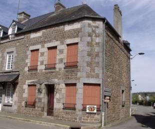 3 bed Village House for sale in Pays de la Loire...