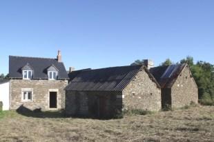Detached home in Pays de la Loire...