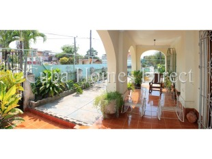6 bed Detached home for sale in Havana, Playa