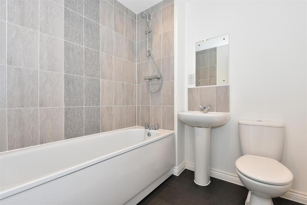 Family Bathroom -An