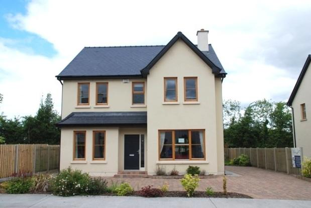 5 bedroom detached house for sale in leitrim roosky ireland