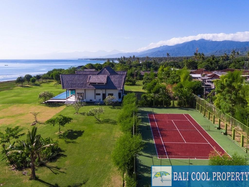 4 bed Villa in Bali, Singaraja