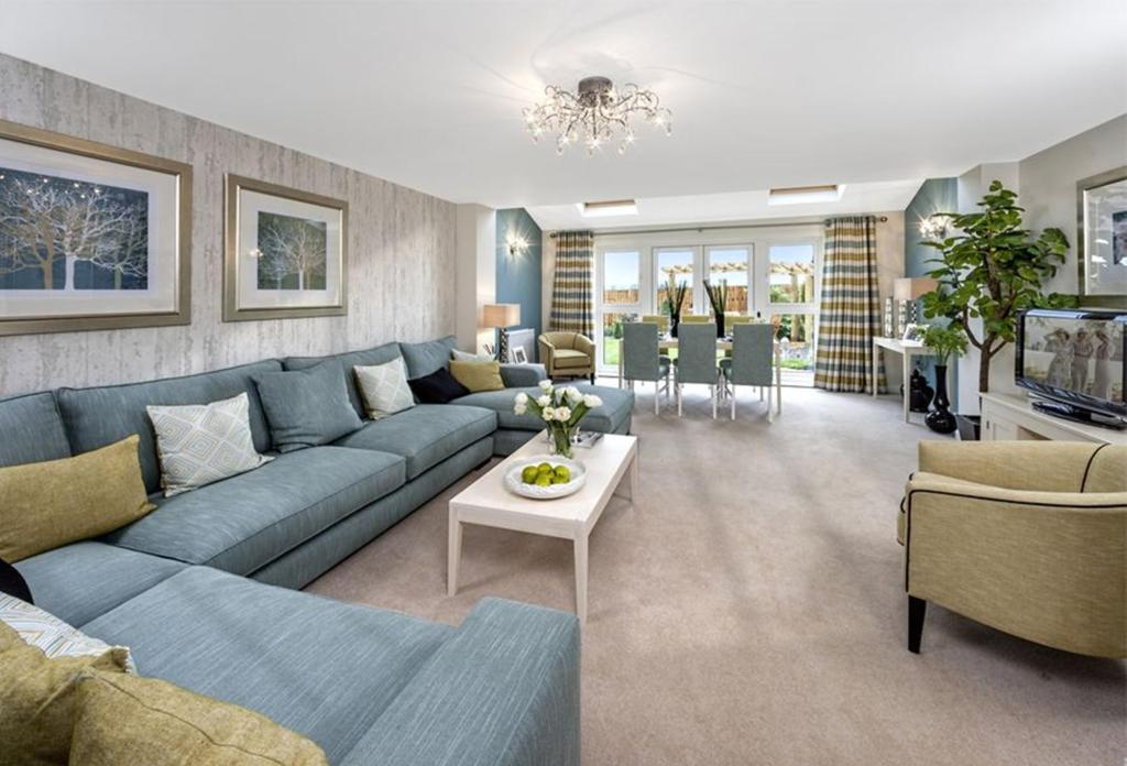 The Woodvale living/dining room at Kingley Gate