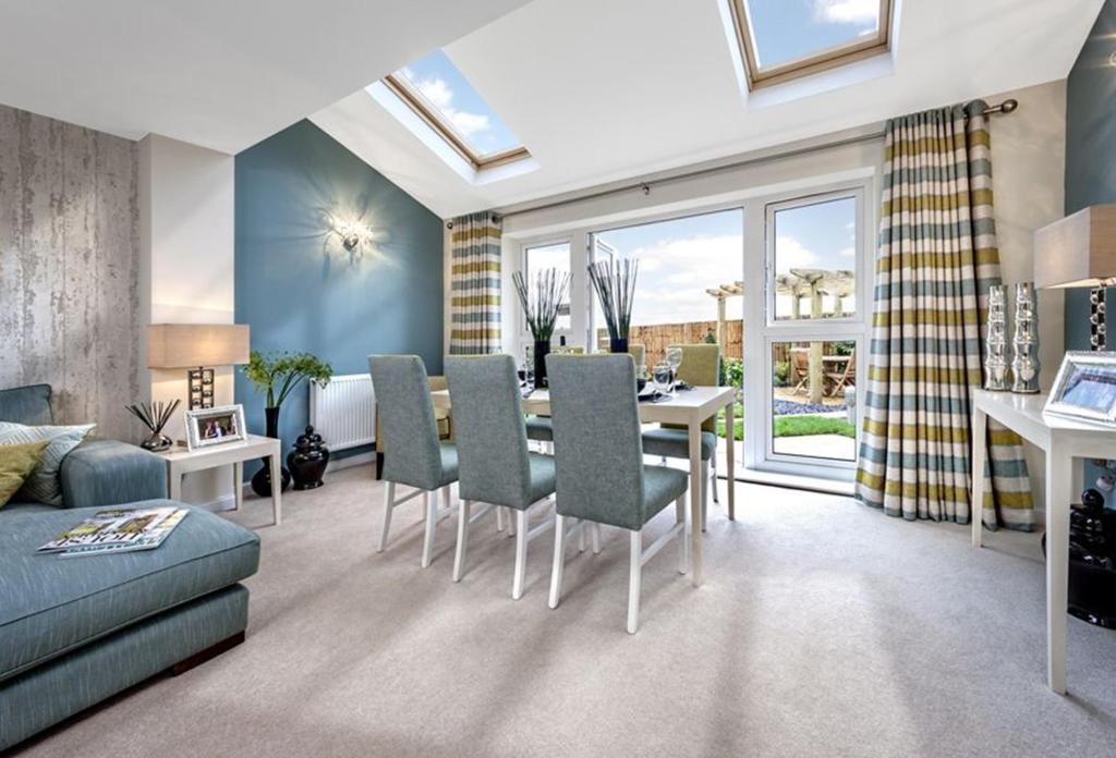 The Woodvale dining area at Kingley Gate