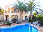 Villa for sale in Maryvilla, Calpe