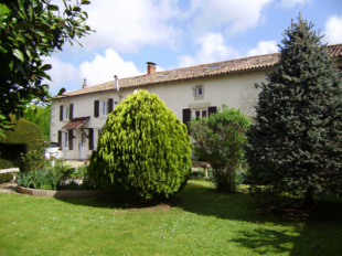 Stone House in Poitou-Charentes for sale