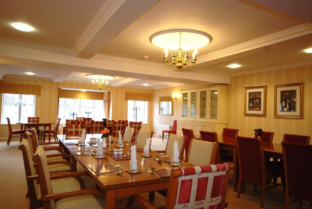 Dining Room with Res