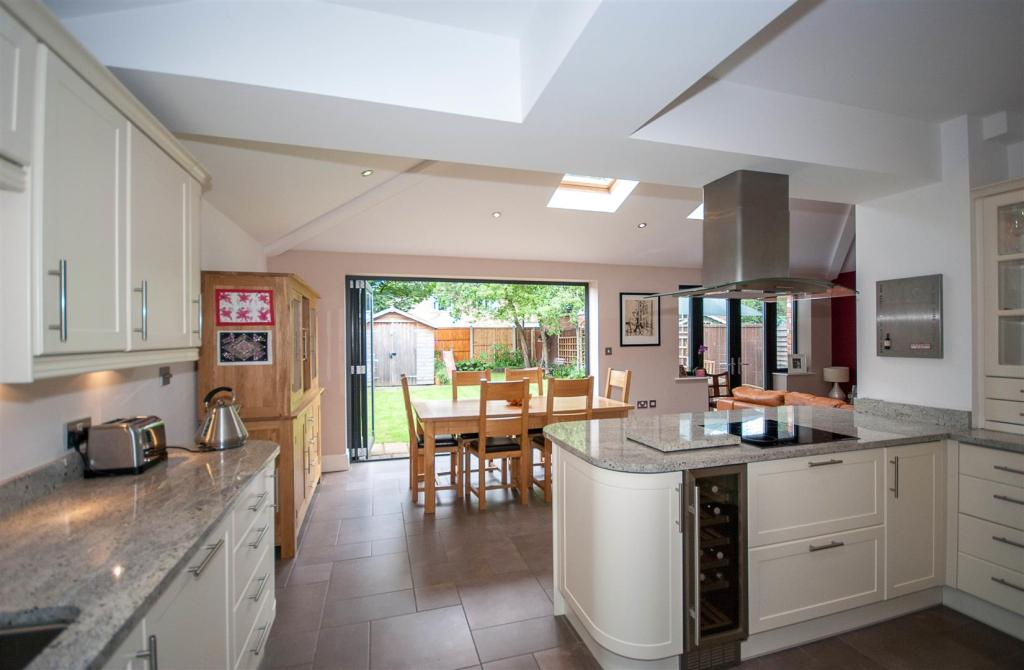 3 bedroom semi detached house for sale in springfield for Modern kitchen in 1930s house