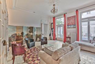 3 bedroom Flat for sale in Paris 10 Entrepôt...