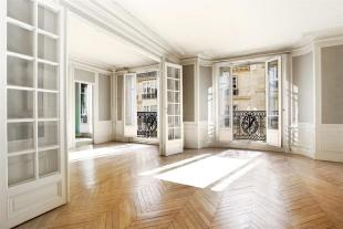 5 bed Apartment for sale in PARIS 08 , France