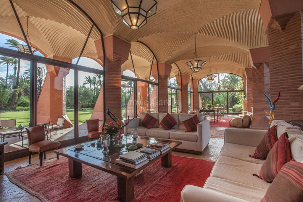 7 bed property in Marrakech,