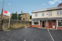 3 bed Terraced house in Greenhead Lane...