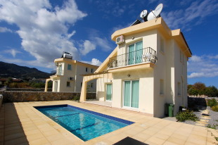 3 bedroom Villa for sale in Girne, Karsiyaka