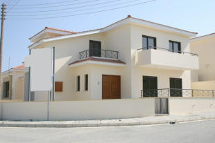 Detached home for sale in Oroklini, Larnaca