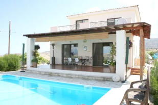 Detached home in Goudi, Paphos