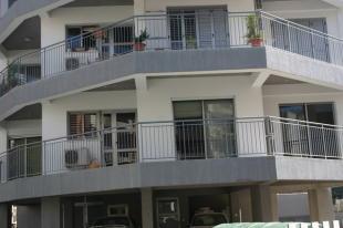 3 bedroom Apartment in Akropolis, Nicosia