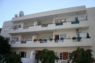 2 bed Ground Flat for sale in Egkomi, Nicosia