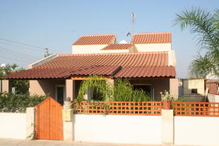 4 bed Detached property in Vrysoulles, Famagusta