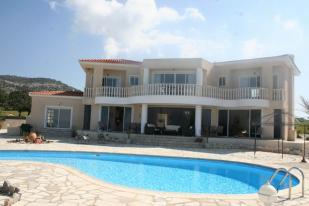 4 bedroom Detached home in Akoursos, Paphos