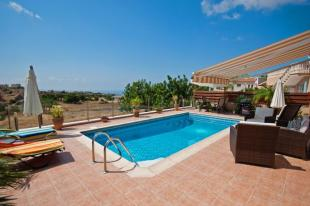 Bungalow for sale in Pegeia, Paphos