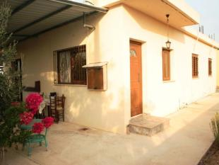 3 bedroom Bungalow in Frenaros, Famagusta