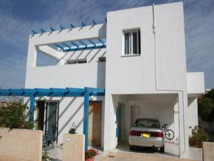 4 bedroom Detached house in Agia Thekla, Famagusta