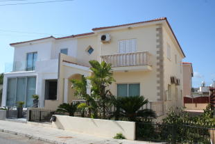 4 bedroom semi detached house in Paralimni, Famagusta