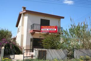 3 bedroom Detached house in Agia Thekla, Famagusta