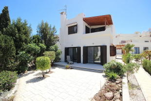 3 bed semi detached property in Chlorakas, Paphos