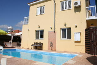 4 bed Detached house in Frenaros, Famagusta